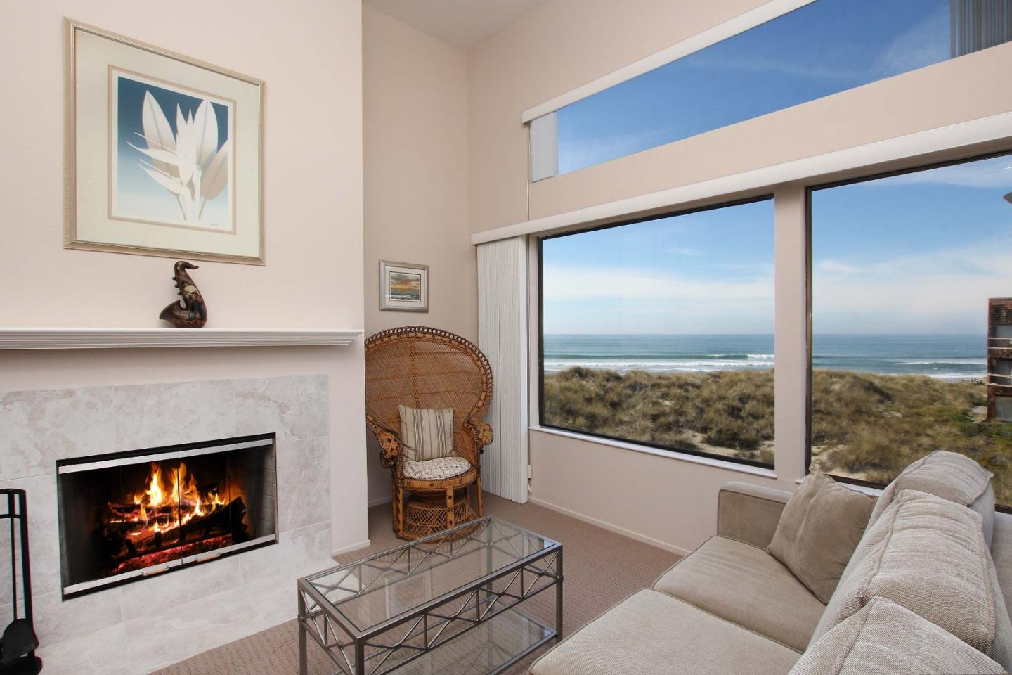Detail Gallery Image 1 of 1 For 101 Shell Dr #202, Watsonville, CA, 95076 - 2 Beds | 2 Baths