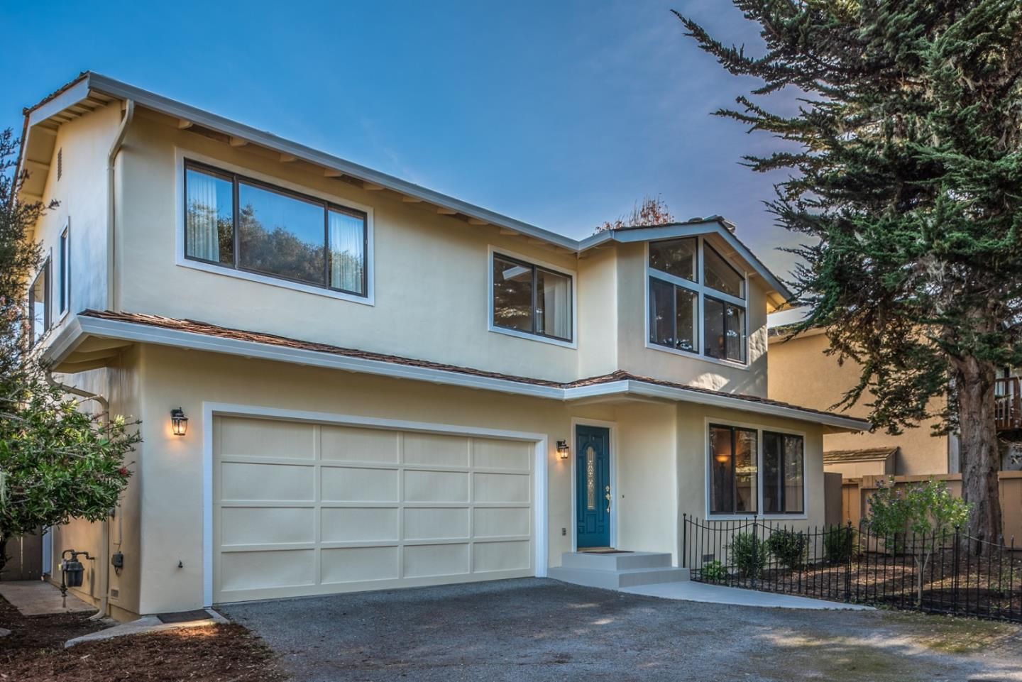 Detail Gallery Image 1 of 25 For 1339 David Ave, Pacific Grove, CA, 93950 - 3 Beds | 2/1 Baths