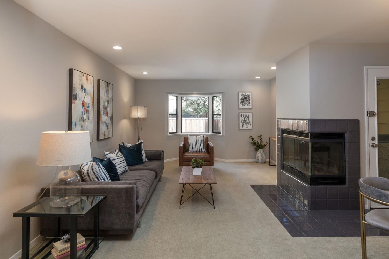 181 Ada Avenue Apt 8 Mountain View, California 94043, 2 Bedrooms Bedrooms, ,2 BathroomsBathrooms,Residential,For Sale,181 Ada Avenue,ML81737150