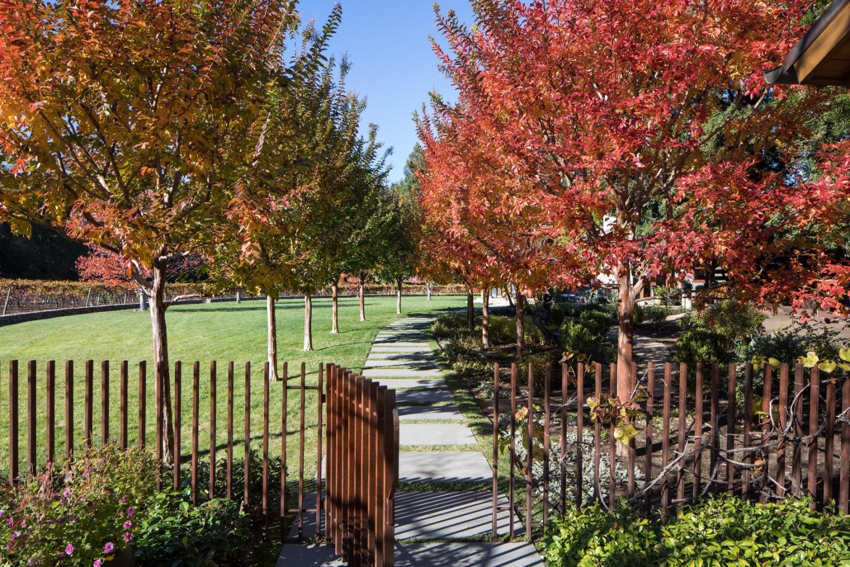 15 Hidden Valley Lane WOODSIDE CA 94062, Image  12