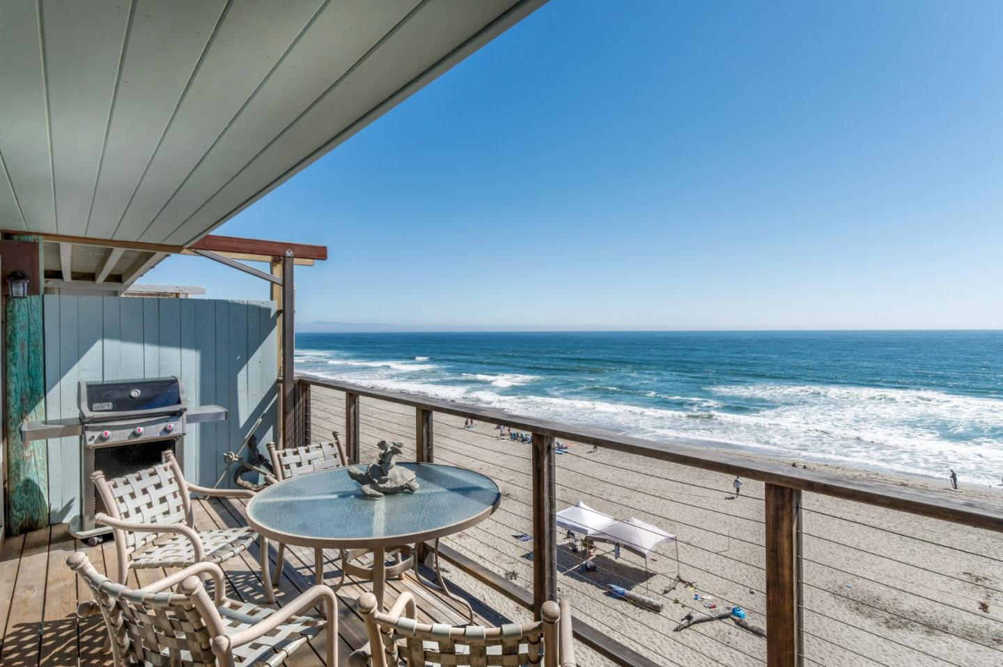 Detail Gallery Image 1 of 1 For 452 Oceanview Dr, Watsonville, CA 95076 - 3 Beds | 3 Baths