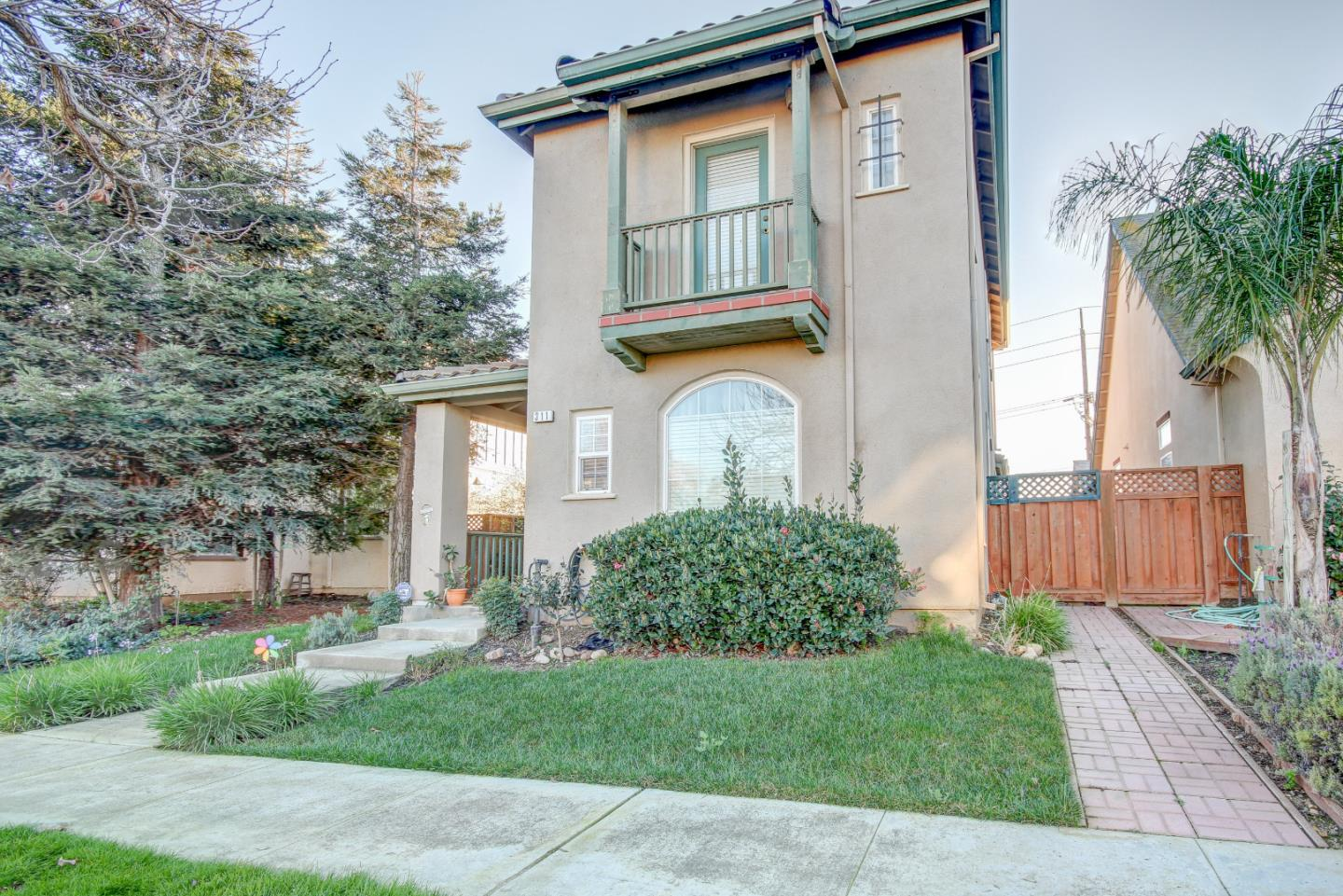 Detail Gallery Image 1 of 1 For 311 Saint Matthews St, Greenfield, CA, 93927 - 3 Beds | 2/1 Baths