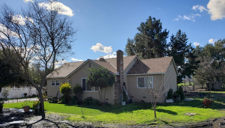 14835 COLUMBET AVE, SAN MARTIN, CA 95046
