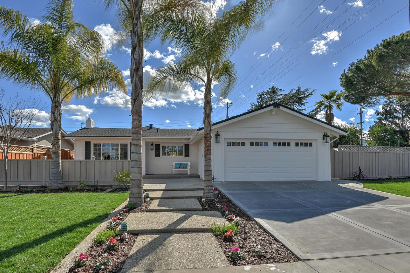 Detail Gallery Image 1 of 1 For 1720 Ewer Dr, San Jose, CA, 95124 - 3 Beds | 2 Baths
