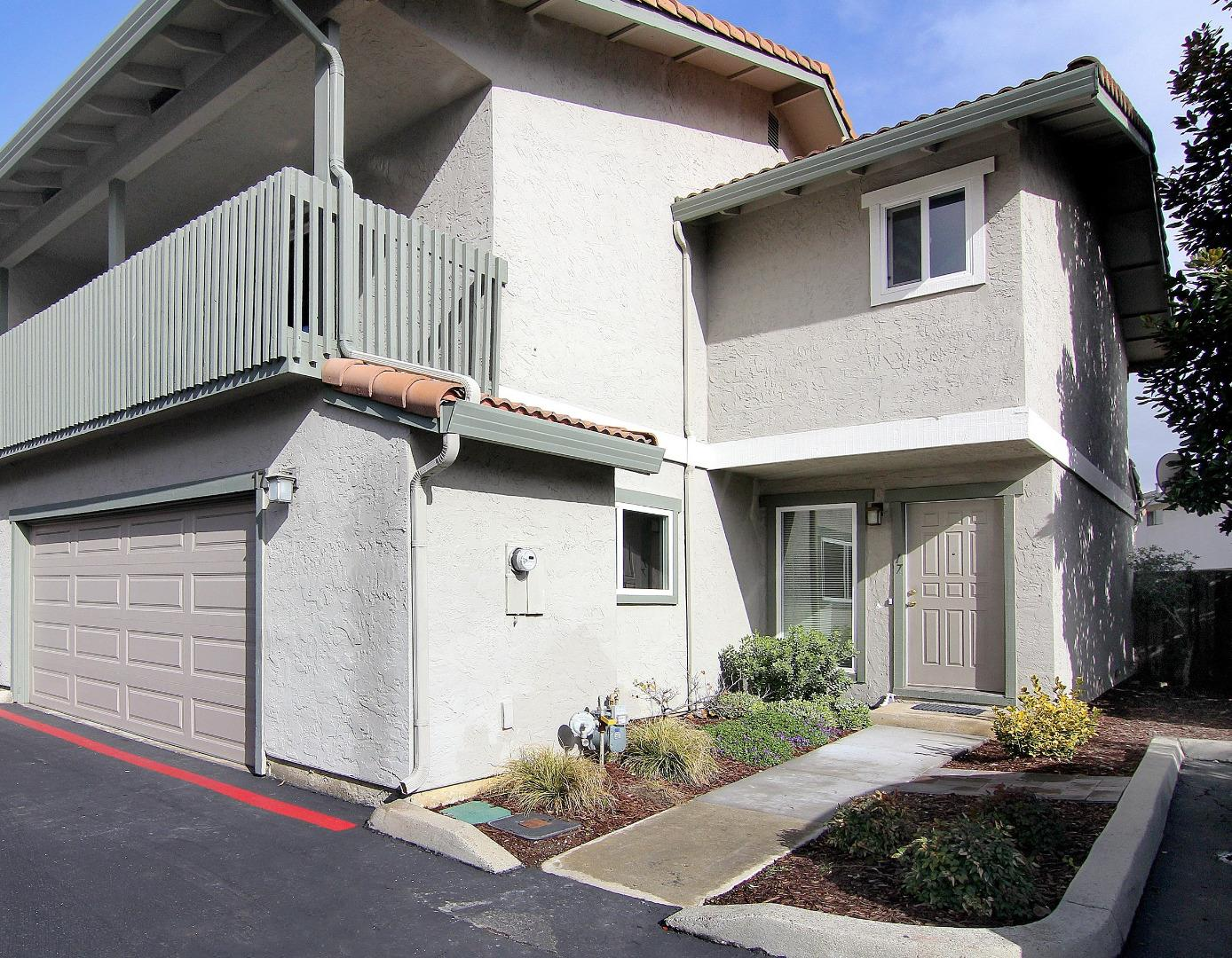 Detail Gallery Image 1 of 1 For 3575 Lehigh Drive #17, Santa Clara, CA 95051 - 3 Beds | 2/1 Baths