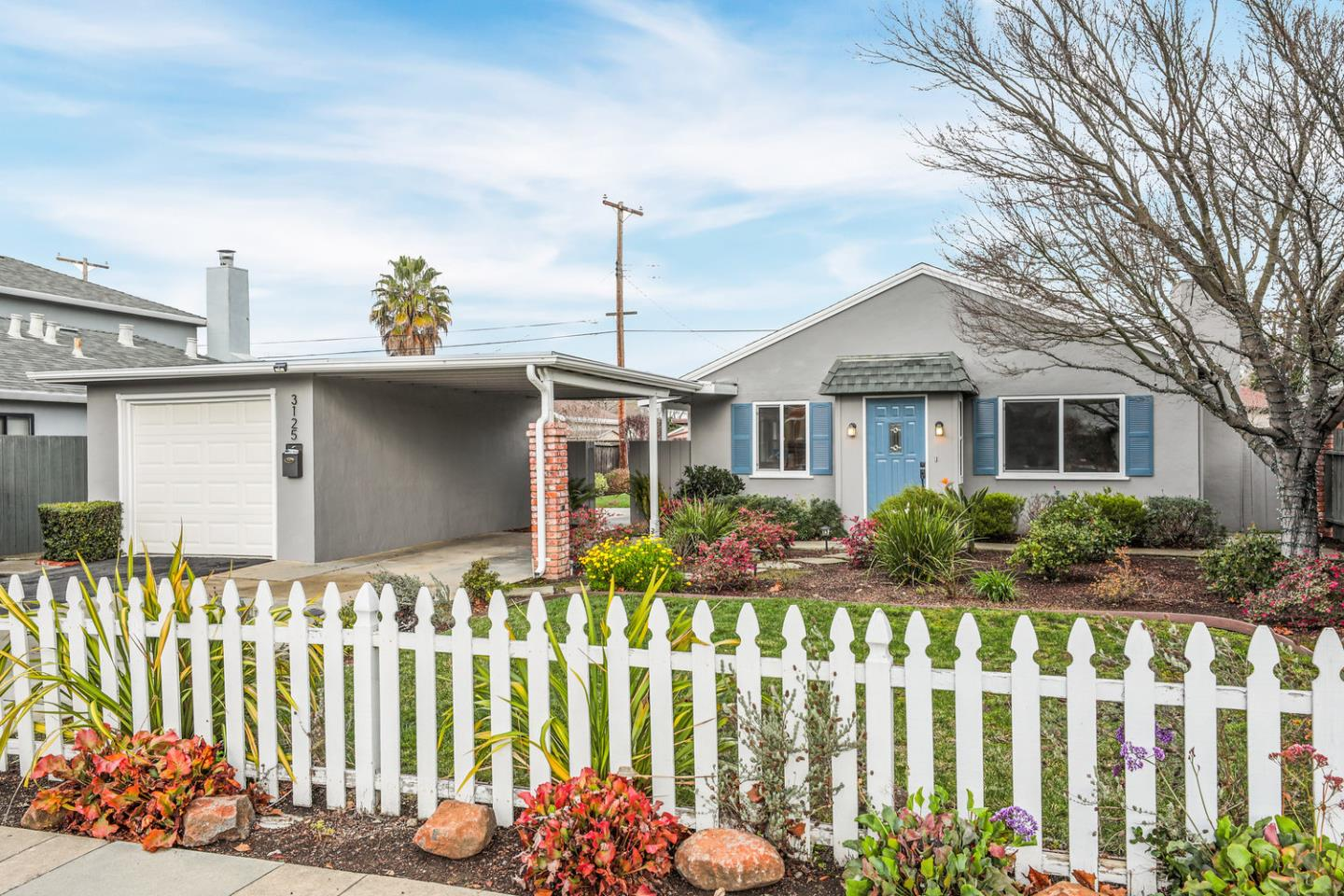 Detail Gallery Image 1 of 1 For 3125 Greer Rd, Palo Alto, CA, 94303 - 3 Beds | 1 Baths
