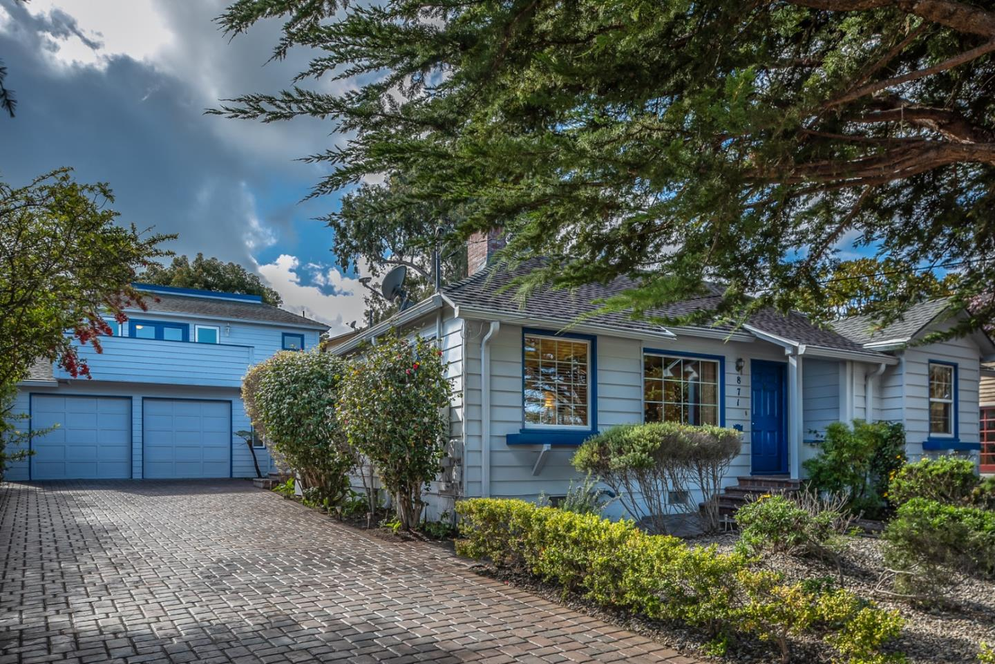 Detail Gallery Image 1 of 54 For 871 Bayview Ave, Pacific Grove, CA, 93950 - 5 Beds | 4 Baths