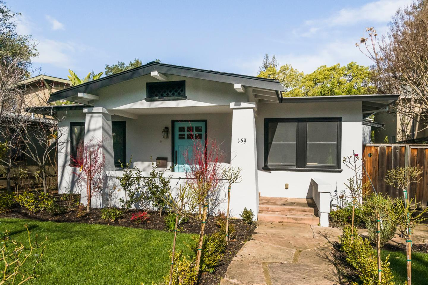 Detail Gallery Image 1 of 22 For 159 Waverley St, Palo Alto, CA, 94301 - 3 Beds | 2 Baths