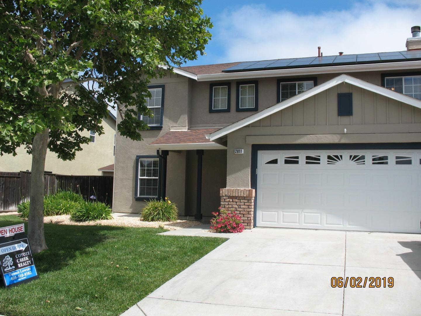 Detail Gallery Image 1 of 1 For 2811 Valley View Rd, Hollister,  CA 95023 - 4 Beds   2/1 Baths