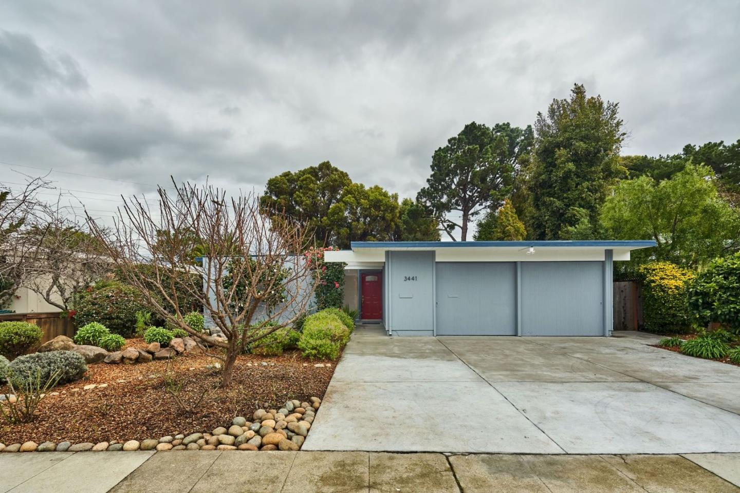 Detail Gallery Image 1 of 1 For 3441 Kenneth Dr, Palo Alto, CA, 94303 - 4 Beds | 2 Baths