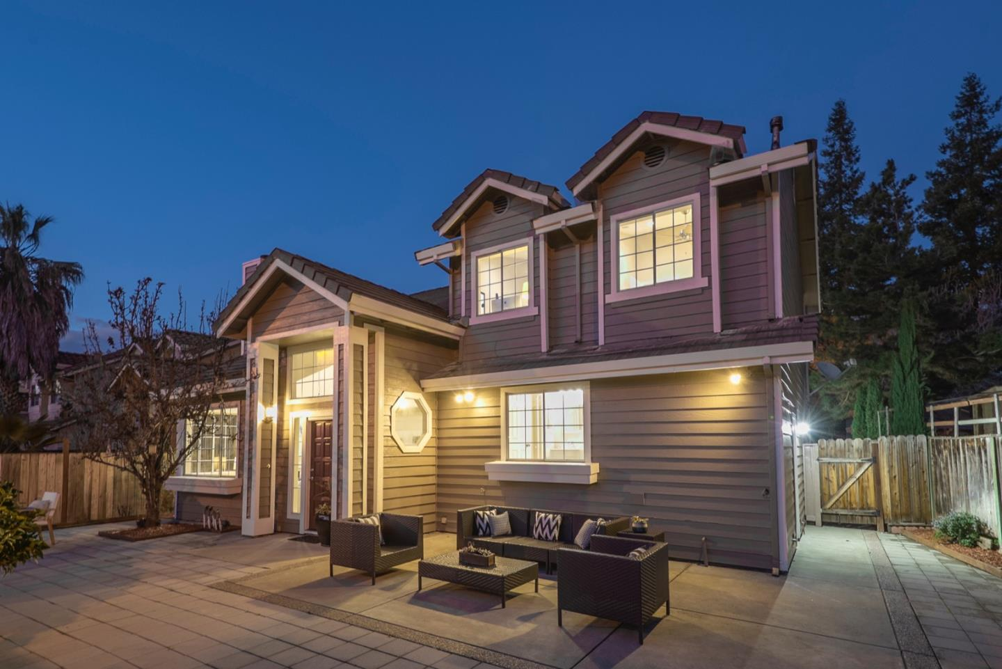 Detail Gallery Image 1 of 1 For 1431 Prelude Dr, San Jose, CA, 95131 - 4 Beds | 2/1 Baths