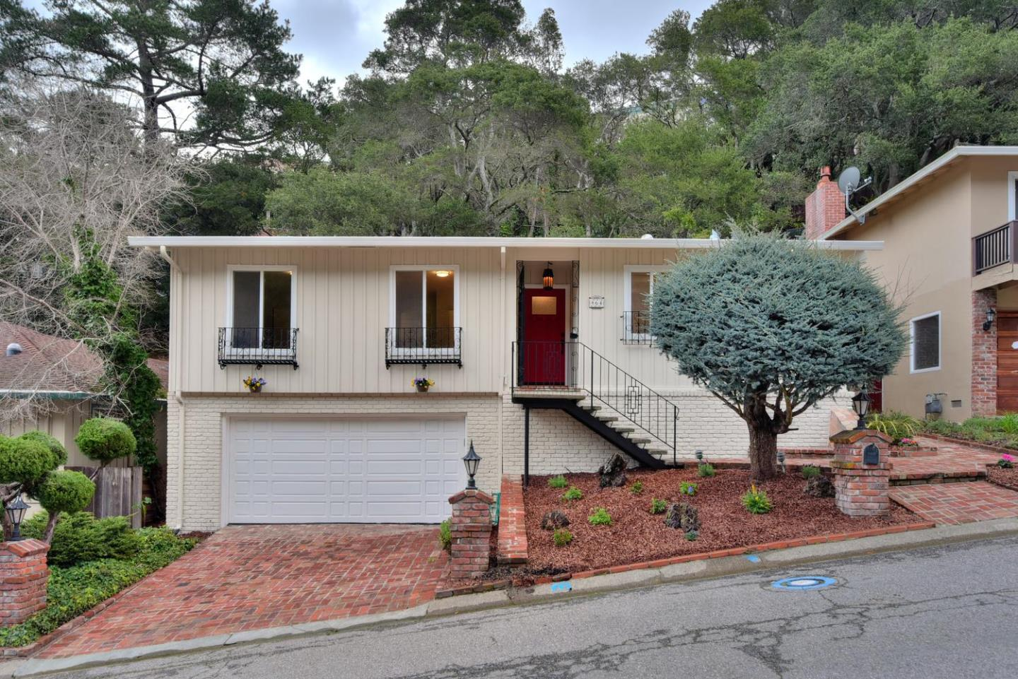 864 Vista Grande, Millbrae, California