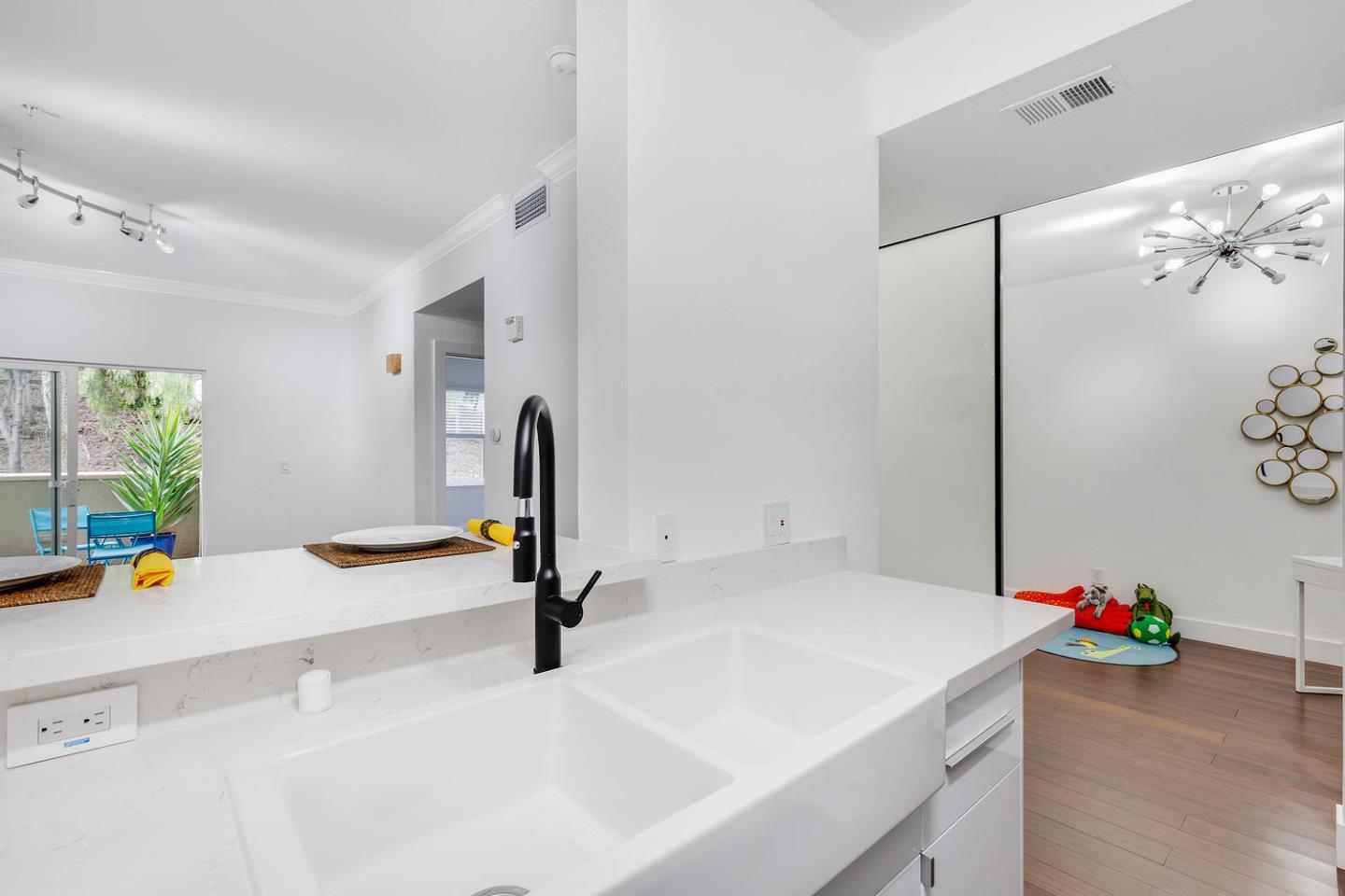 2255 SHOWERS DR 184, MOUNTAIN VIEW, CA 94040