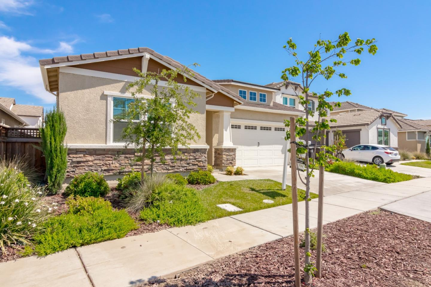 Detail Gallery Image 1 of 1 For 1895 Balsam Ct, Lathrop, CA 95330 - 3 Beds | 2/1 Baths