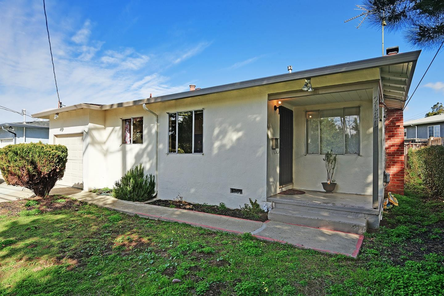 Photo of  2980 D Street Hayward 94541