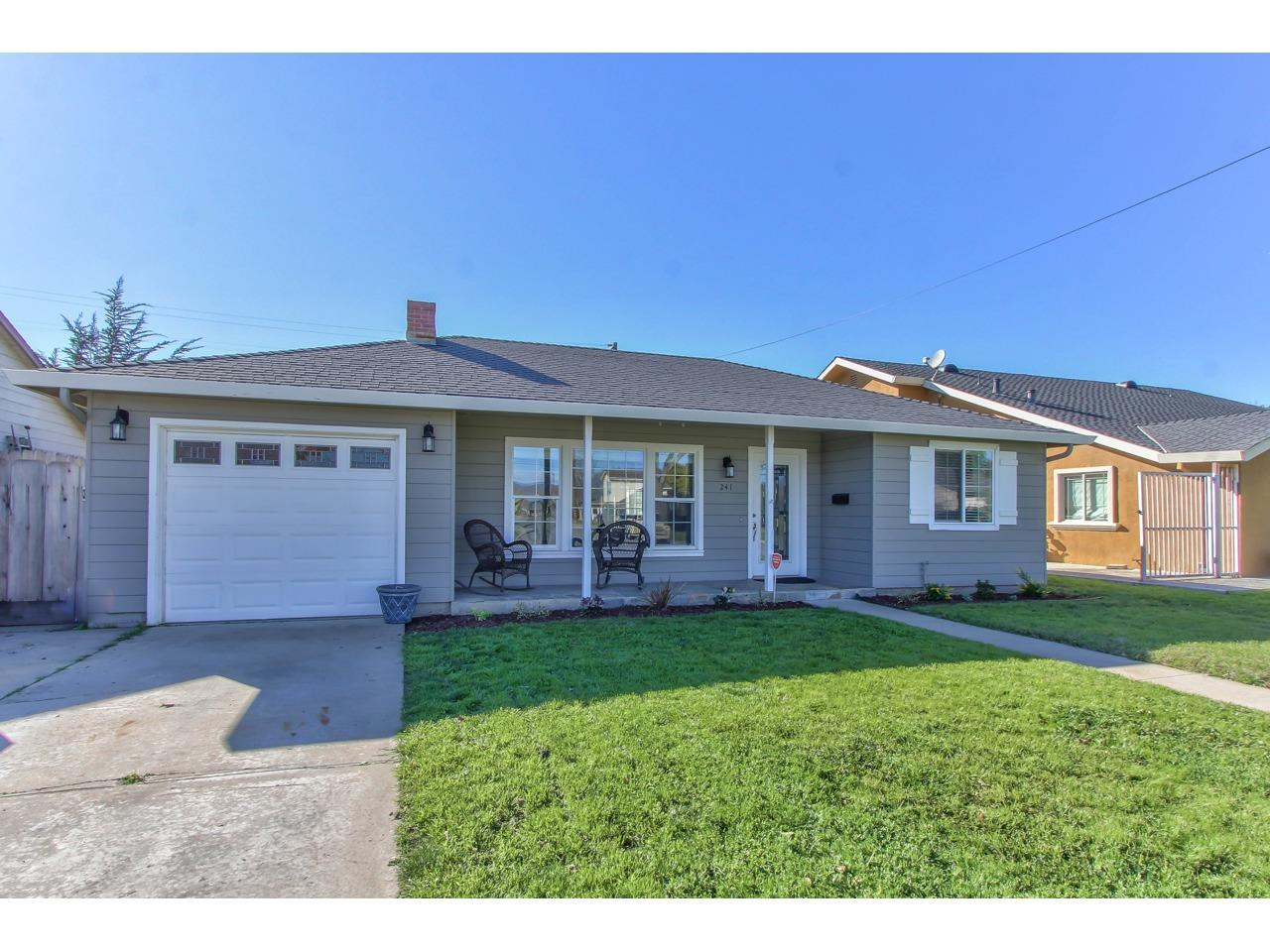 Detail Gallery Image 1 of 1 For 241 Loma Dr, Salinas,  CA 93906 - 2 Beds | 1 Baths