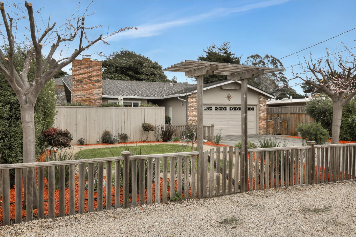 Detail Gallery Image 1 of 1 For 307 Martin Dr, Aptos, CA 95003 - 3 Beds | 2 Baths