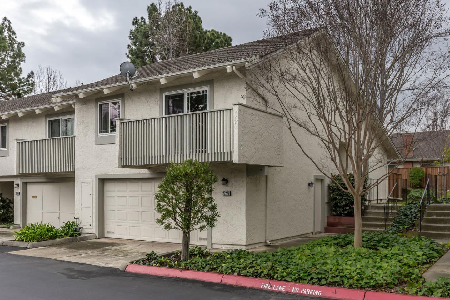 Detail Gallery Image 1 of 1 For 20278 Northwest Sq, Cupertino,  CA 95014 - 2 Beds | 2 Baths