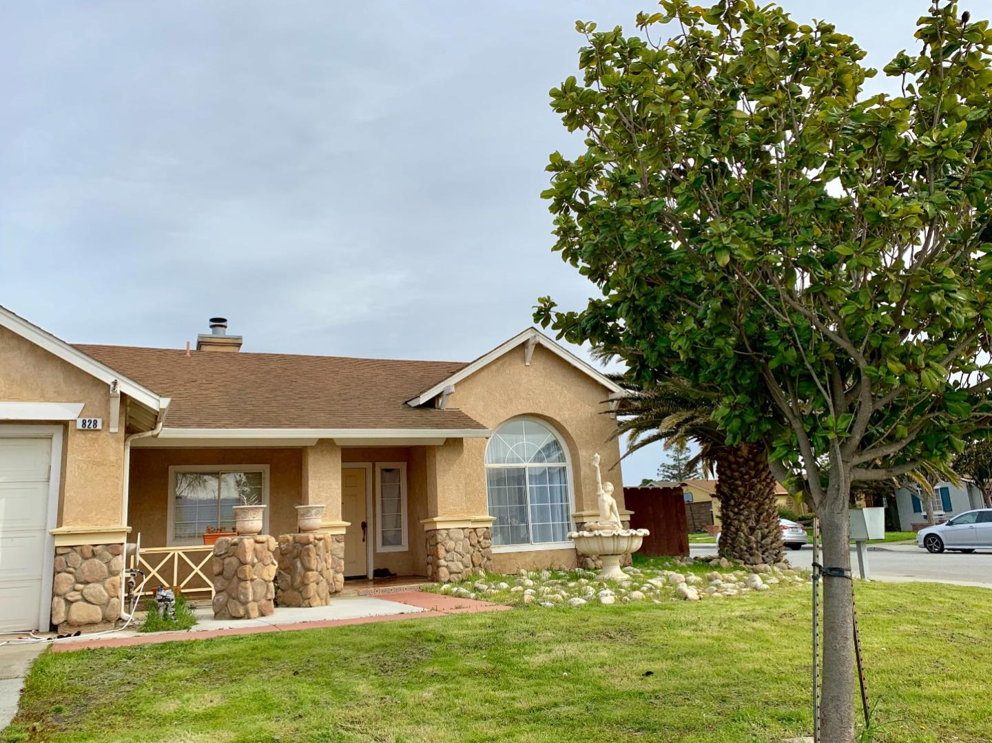 Detail Gallery Image 1 of 1 For 828 Alhambra St, Soledad, CA 93960 - 3 Beds | 2 Baths