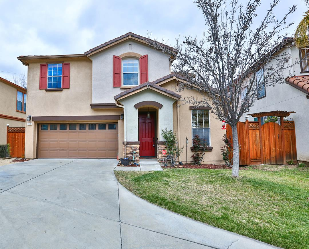Detail Gallery Image 1 of 1 For 4601 Sapa Ct, San Jose, CA 95136 - 4 Beds | 2/1 Baths
