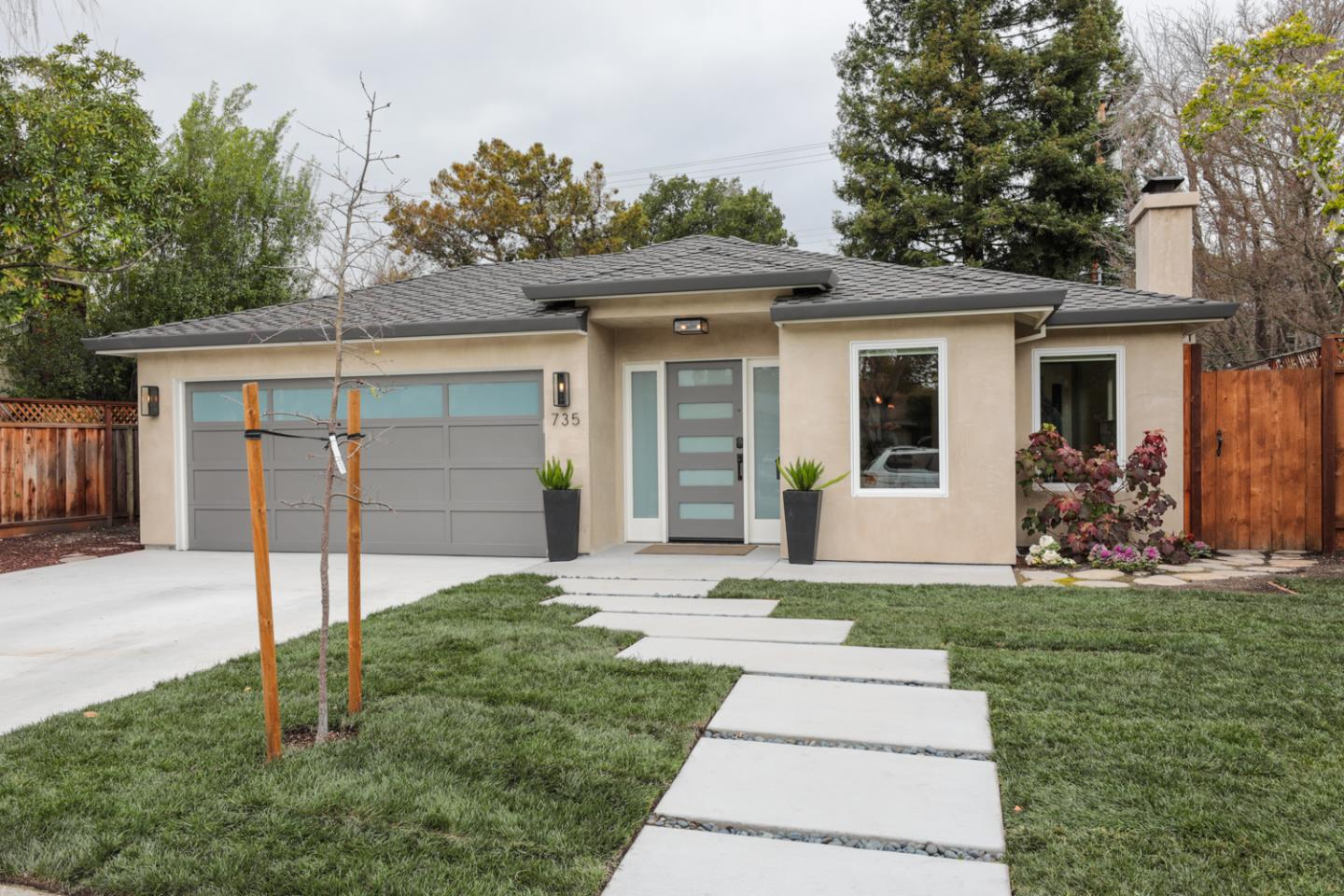 Detail Gallery Image 1 of 1 For 735 Coastland Dr, Palo Alto, CA, 94303 - 3 Beds   2 Baths