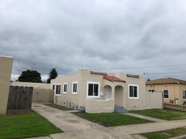 Detail Gallery Image 1 of 9 For 529 Park St, Salinas, CA, 93901 - 3 Beds | 1 Baths