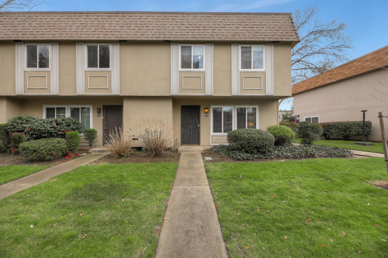 8812 La Riviera Dr A, Sacramento, CA, 95826
