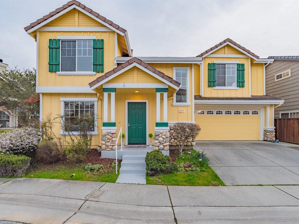 Detail Gallery Image 1 of 1 For 2179 Francesco Cir, Capitola, CA, 95010 - 4 Beds | 2/1 Baths