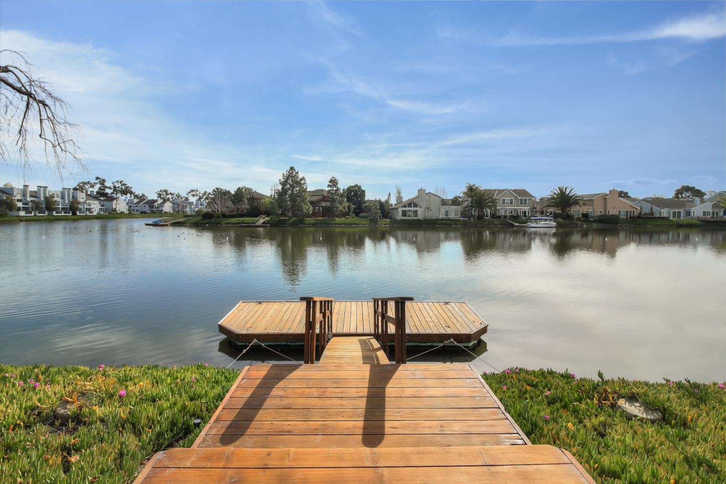 866 NEWPORT CIR, REDWOOD SHORES, CA 94065