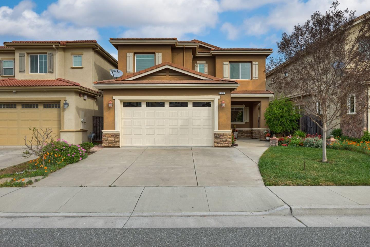 675 Saint Timothy PL, Morgan Hill in Santa Clara County, CA 95037 Home for Sale