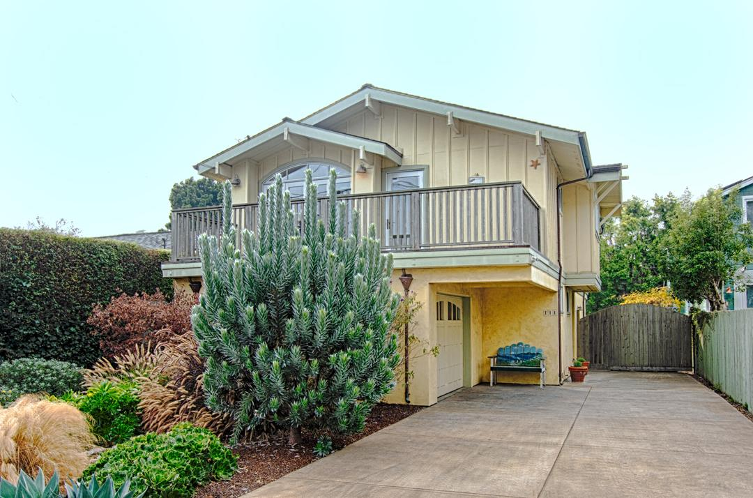 Detail Gallery Image 1 of 1 For 111 Saxon Ave, Capitola, CA, 95010 - 3 Beds | 2/1 Baths