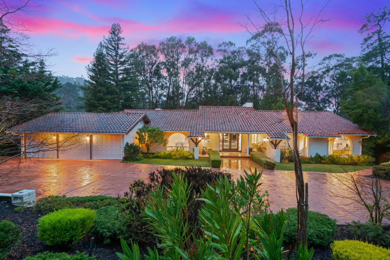 2300 Skyfarm DR, Hillsborough, California