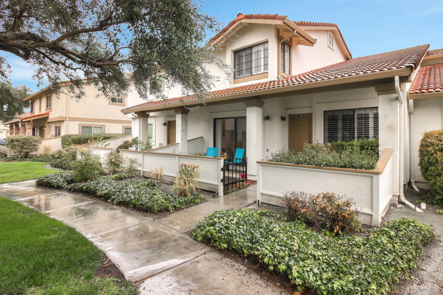 Detail Gallery Image 1 of 1 For 5433 Colony Green Dr, San Jose, CA 95123 - 3 Beds   1/1 Baths