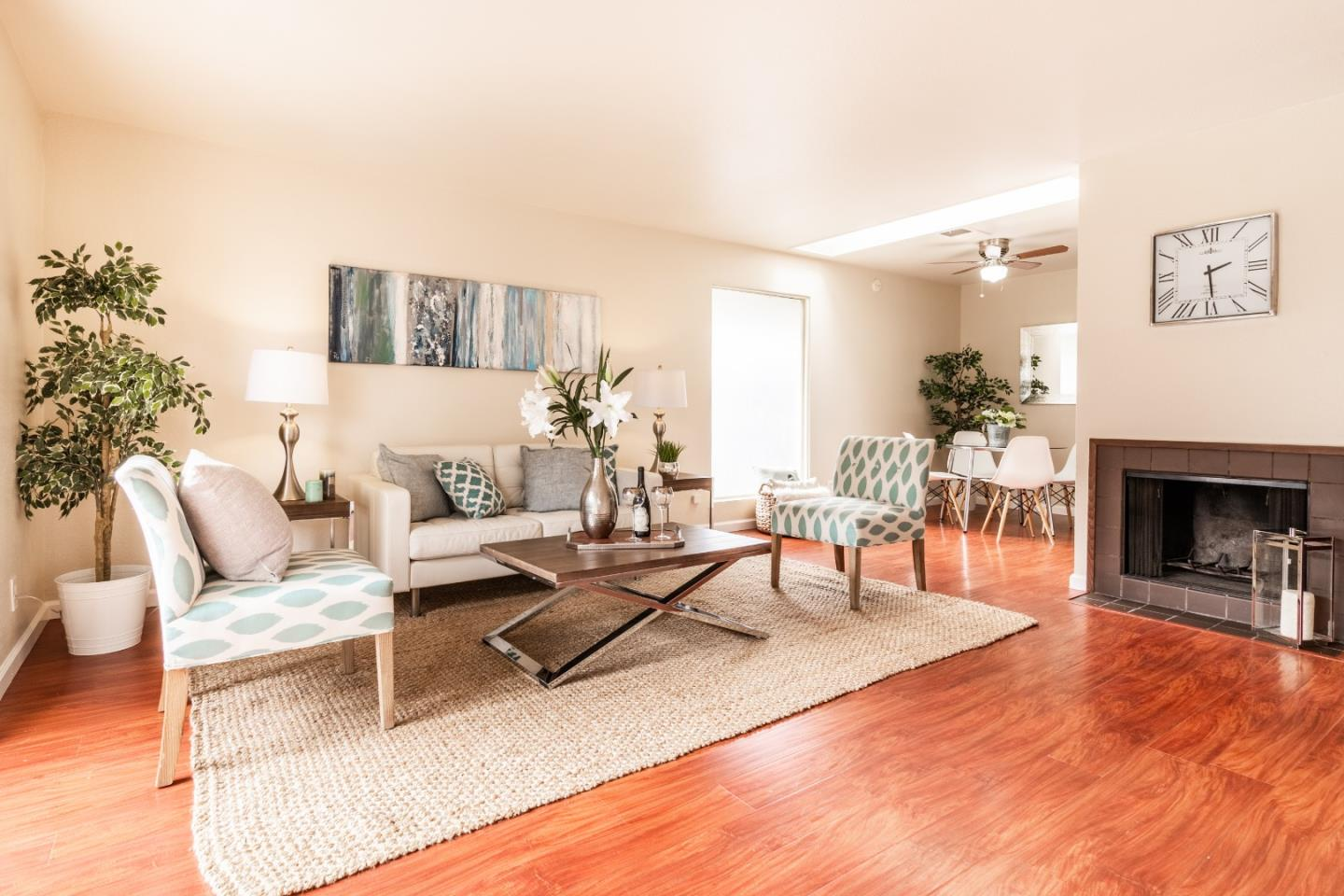 Detail Gallery Image 1 of 1 For 10552 Red Fir Ct, Cupertino, CA 95014 - 2 Beds | 1 Baths