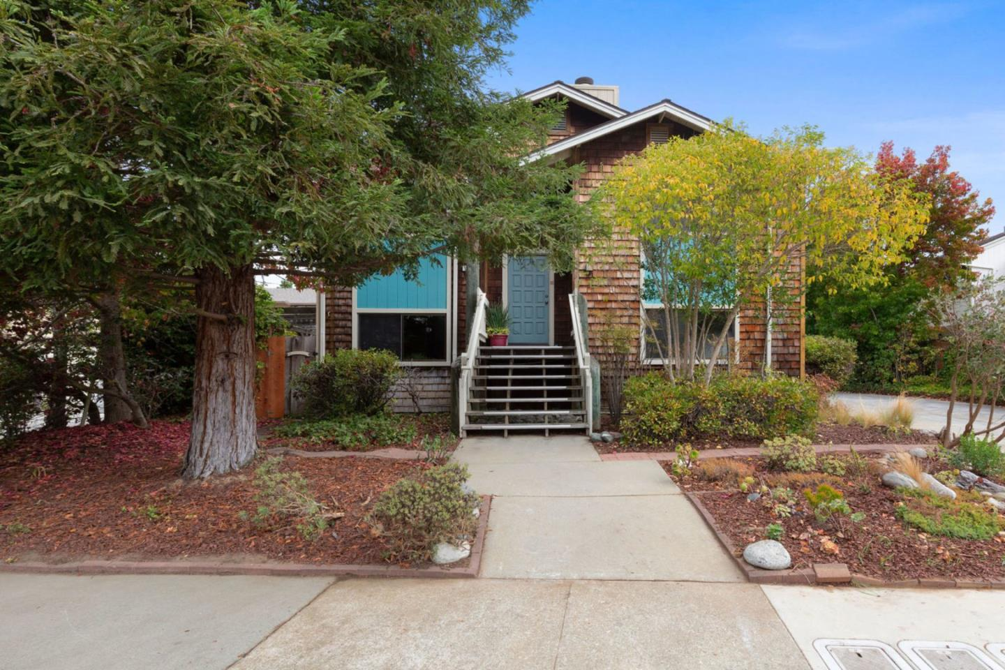 Detail Gallery Image 1 of 13 For 2093 Penasquitas Dr, Aptos, CA, 95003 - 3 Beds | 2 Baths