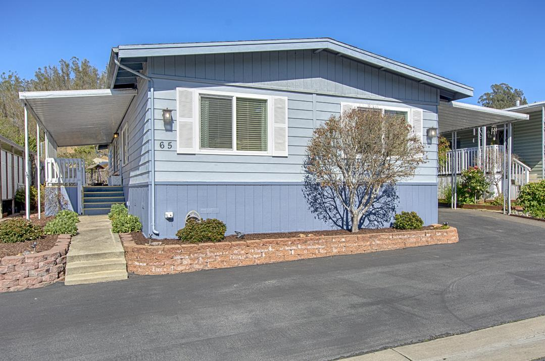 Detail Gallery Image 1 of 1 For 65 Plumosa Ln #65, Aptos, CA 95003 - 4 Beds | 2 Baths