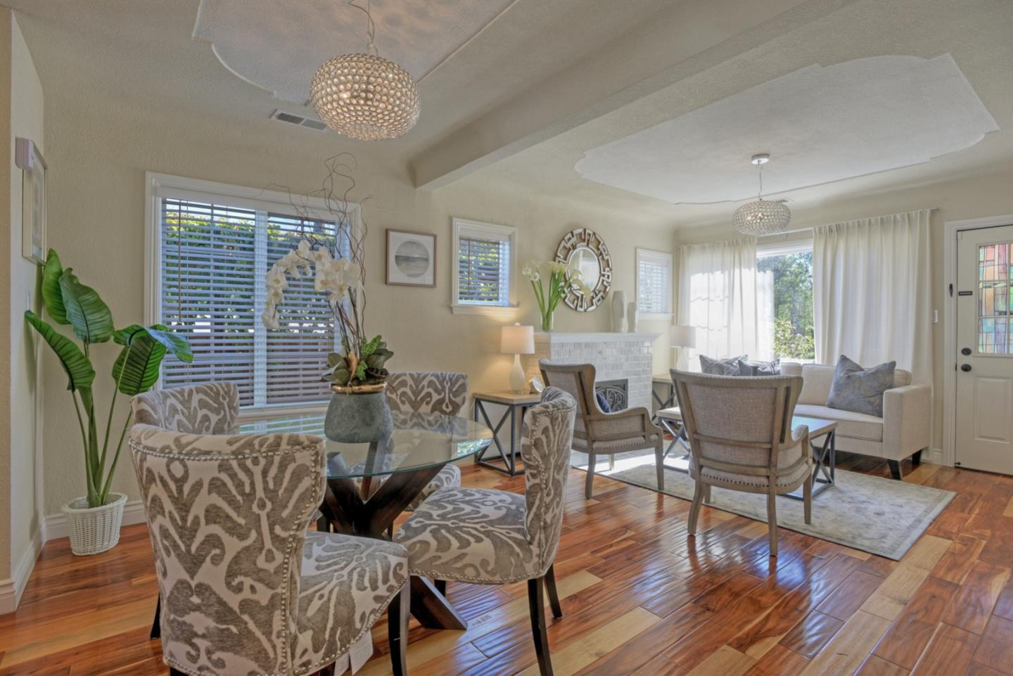 Detail Gallery Image 1 of 1 For 2065 Alma St, Palo Alto, CA 94301 - 3 Beds | 2 Baths