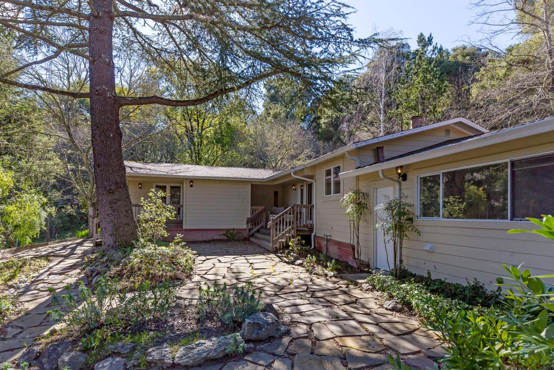 377 WAYSIDE RD, PORTOLA VALLEY, CA 94028