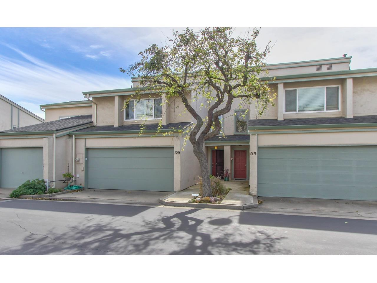 Detail Gallery Image 1 of 24 For 1310 Primavera St #120, Salinas, CA, 93901 - 3 Beds | 1/1 Baths