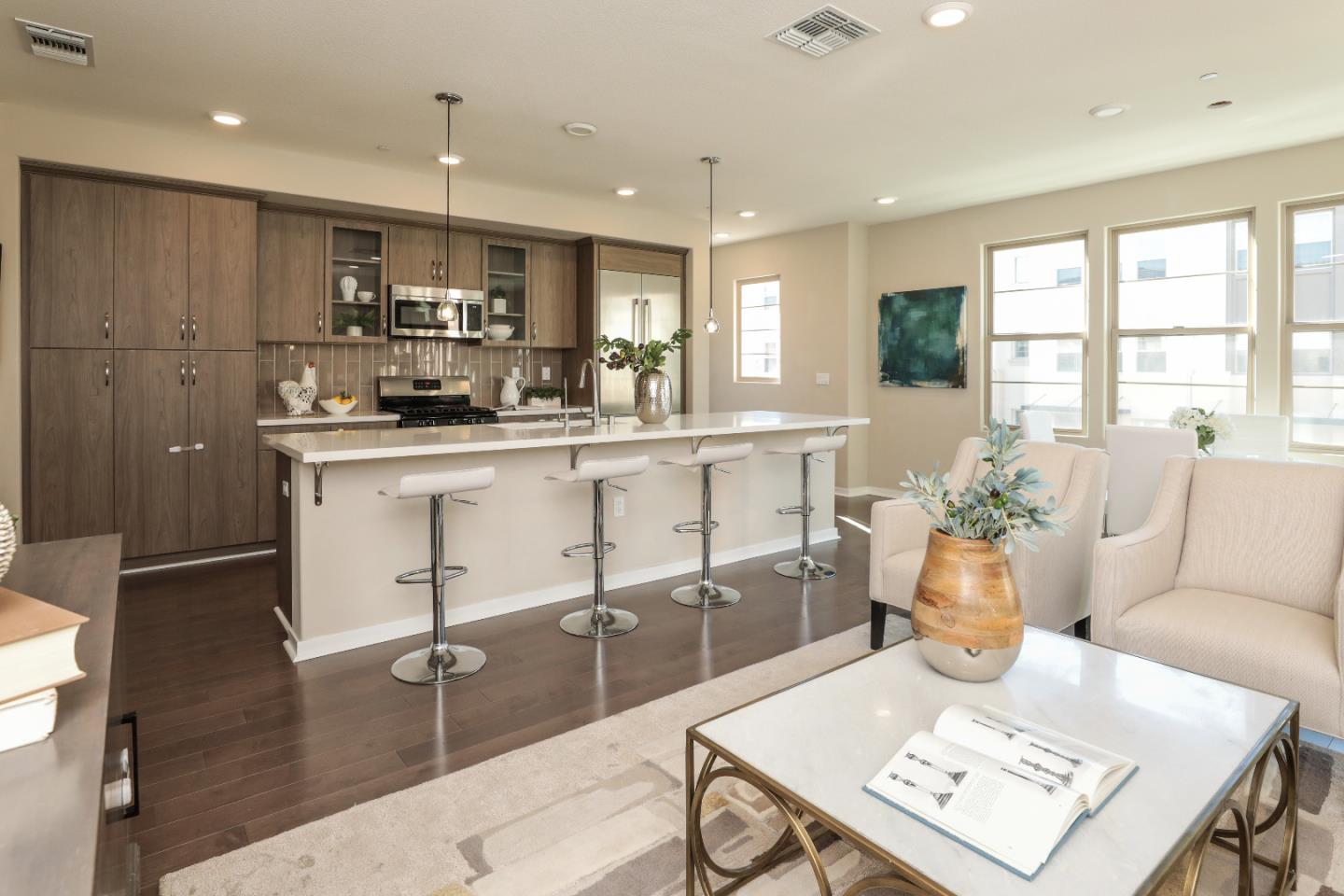 Detail Gallery Image 1 of 1 For 1073 Foxglove Pl #105, San Jose, CA, 95131 - 4 Beds | 4/1 Baths