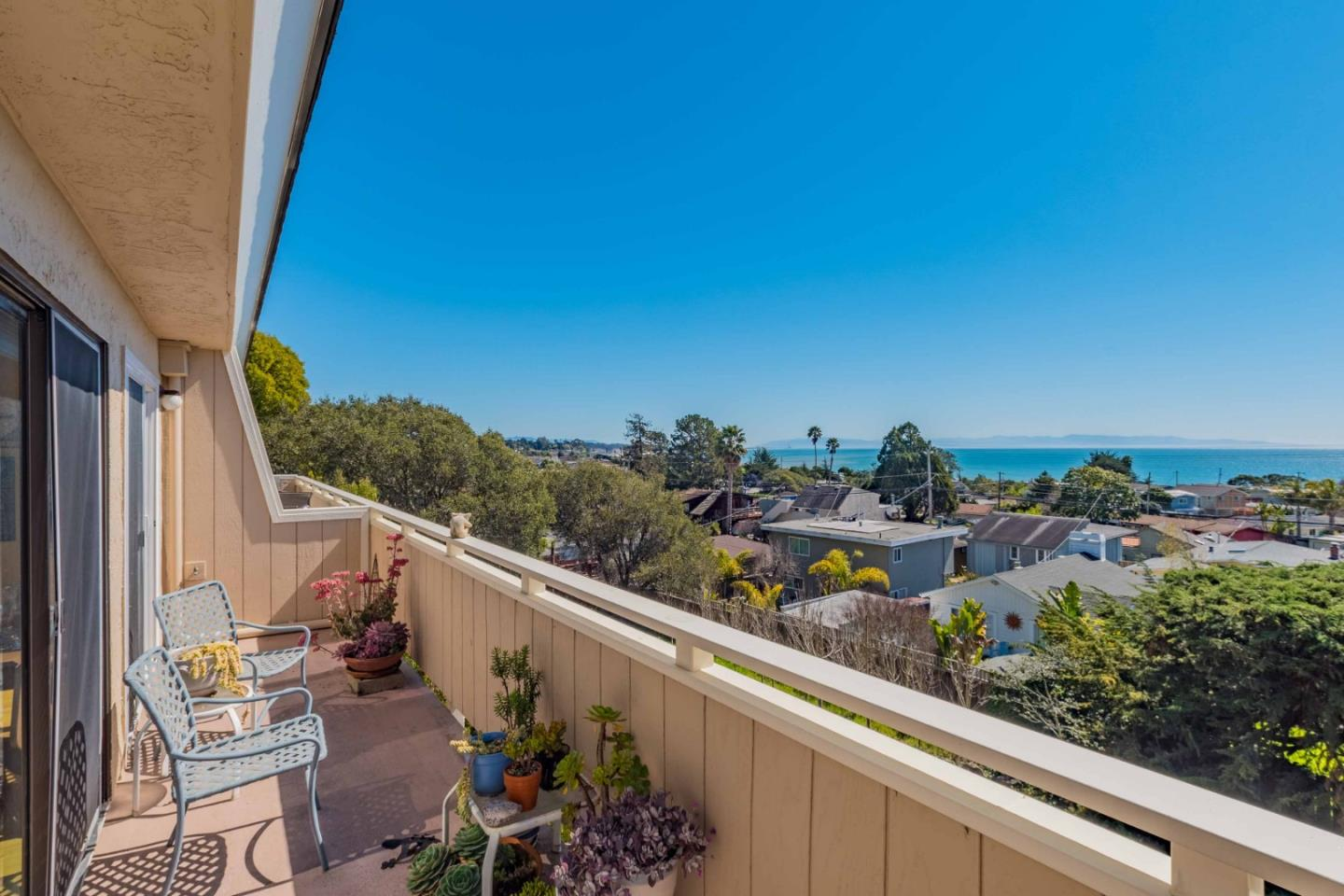 Detail Gallery Image 1 of 1 For 261 Sea Ridge Rd #4, Aptos, CA 95003 - 3 Beds | 2 Baths