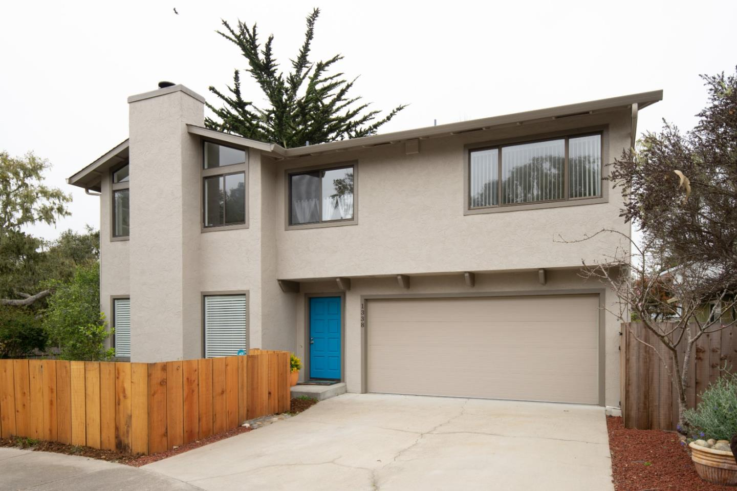 Detail Gallery Image 1 of 1 For 1338 Lincoln Ave, Pacific Grove, CA, 93950 - 3 Beds | 2/1 Baths