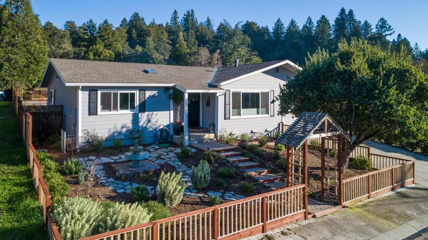 Detail Gallery Image 1 of 1 For 319 S Navarra Dr, Scotts Valley, CA, 95066 - 3 Beds | 2 Baths