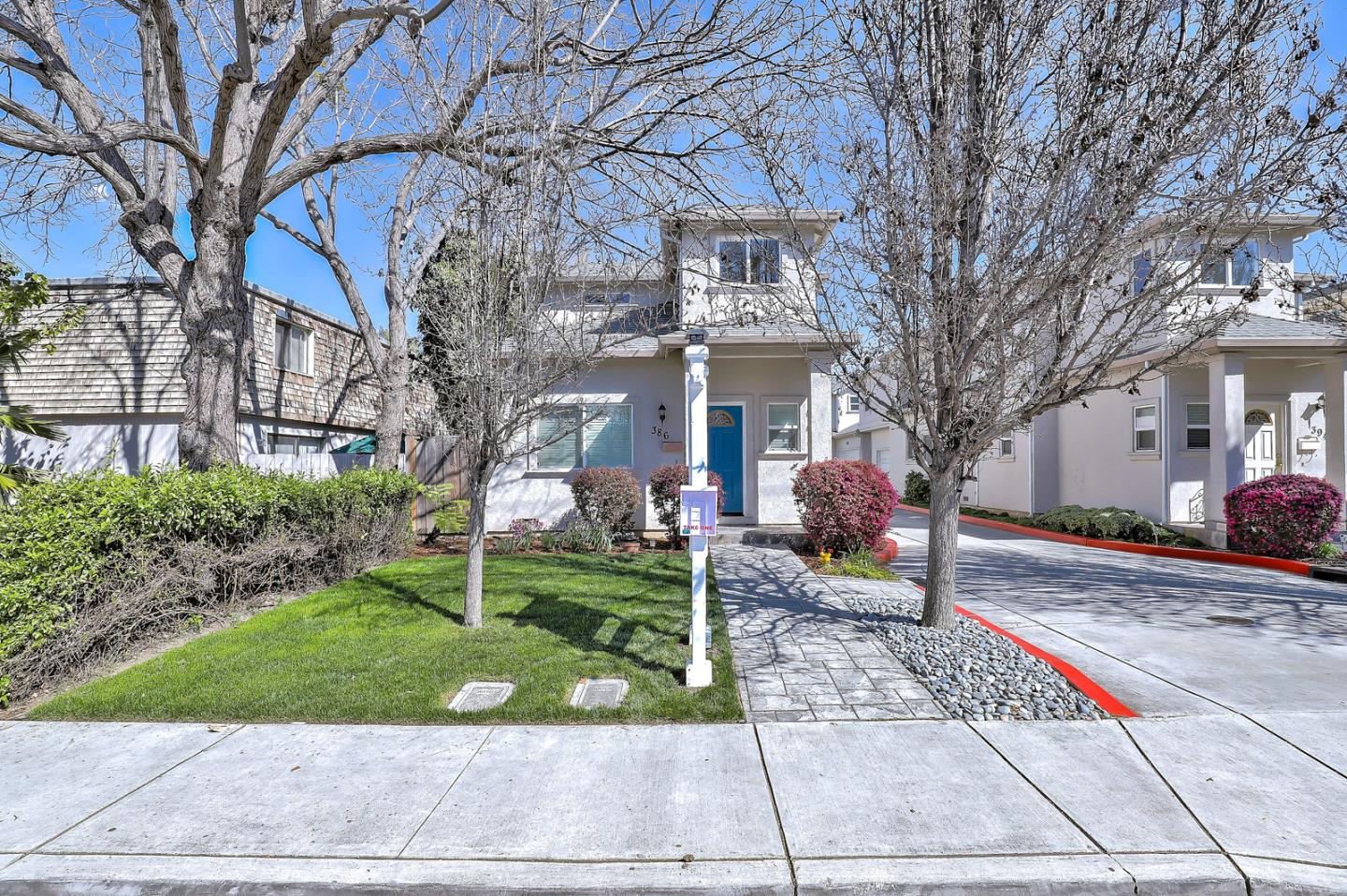 Detail Gallery Image 1 of 16 For 386 Cypress Ave, San Jose, CA, 95117 - 3 Beds   2/1 Baths
