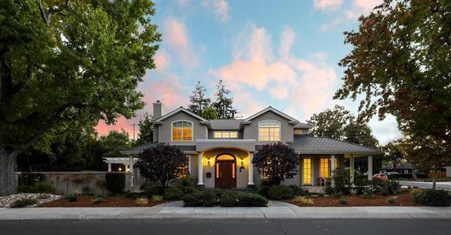 Detail Gallery Image 1 of 1 For 702 Rosewood Dr, Palo Alto, CA 94303 - 6 Beds | 5 Baths