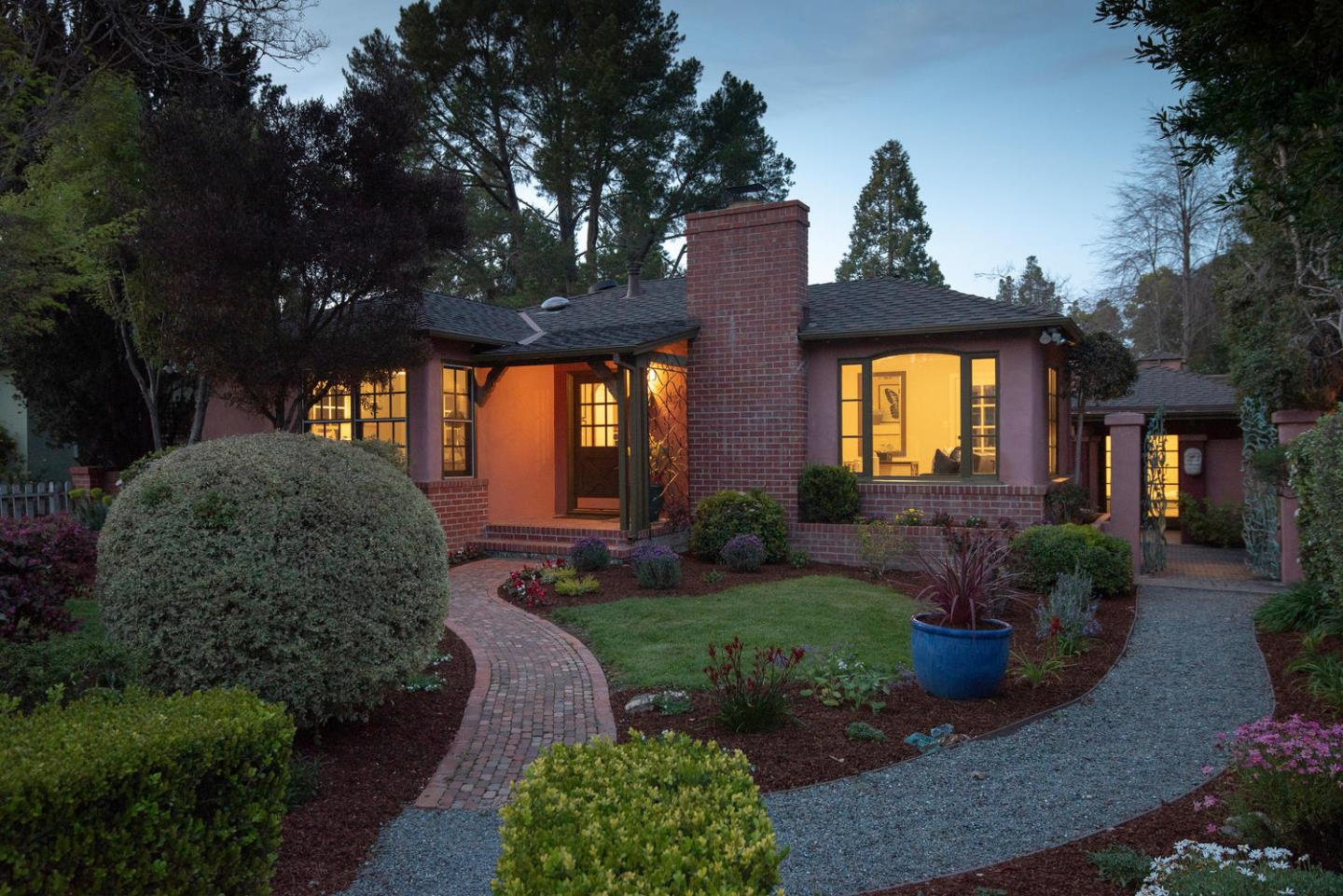 Detail Gallery Image 1 of 38 For 49 Fillmer Ave, Los Gatos, CA, 95030 - 2 Beds | 1 Baths