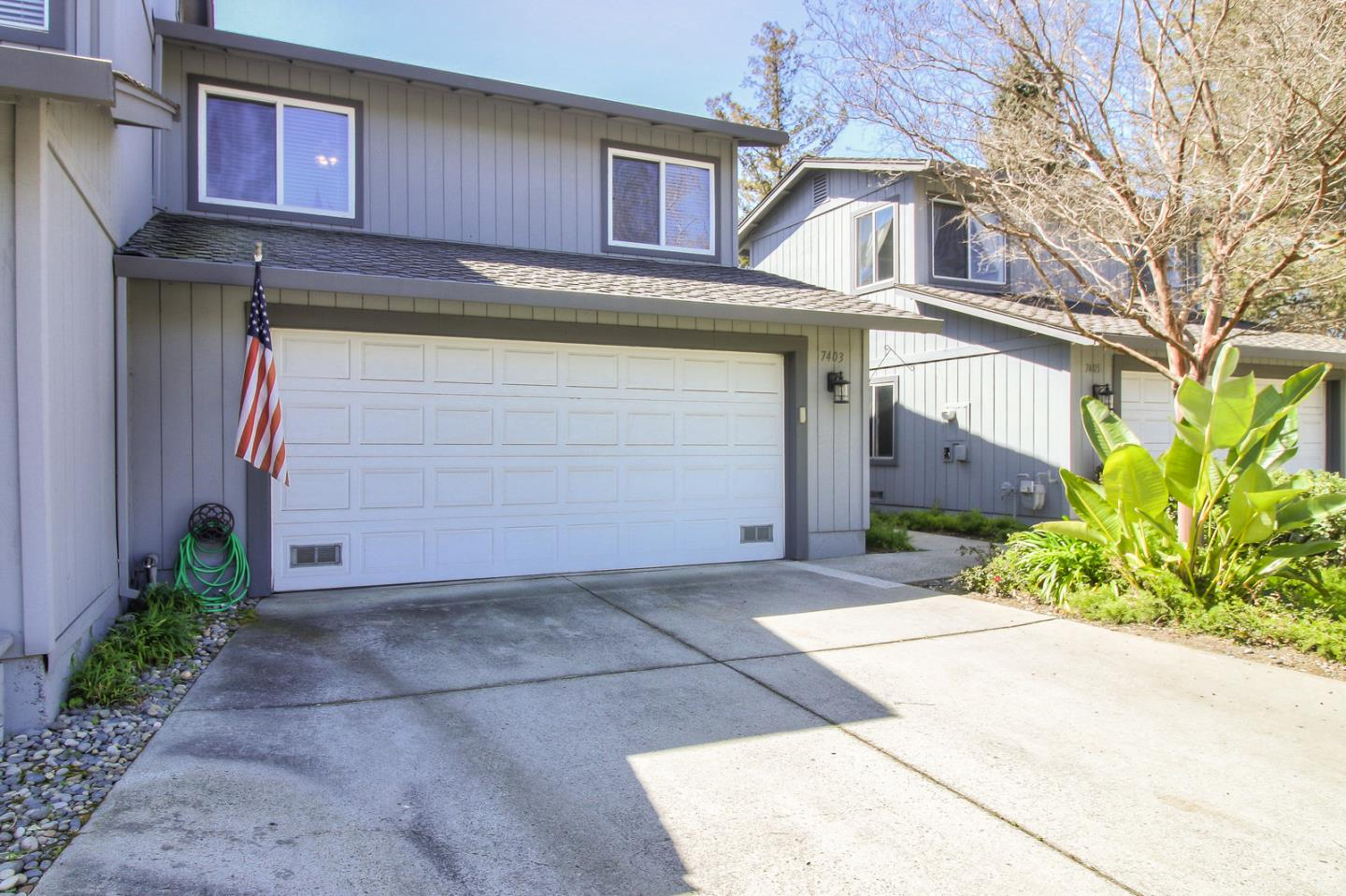Detail Gallery Image 1 of 36 For 7403 Tulare Hill Dr, San Jose, CA, 95139 - 3 Beds | 2/1 Baths