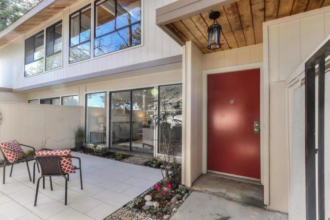 Detail Gallery Image 1 of 22 For 715 Quetta Ave E, Sunnyval#E, CA, 94087 - 3 Beds | 2/1 Baths