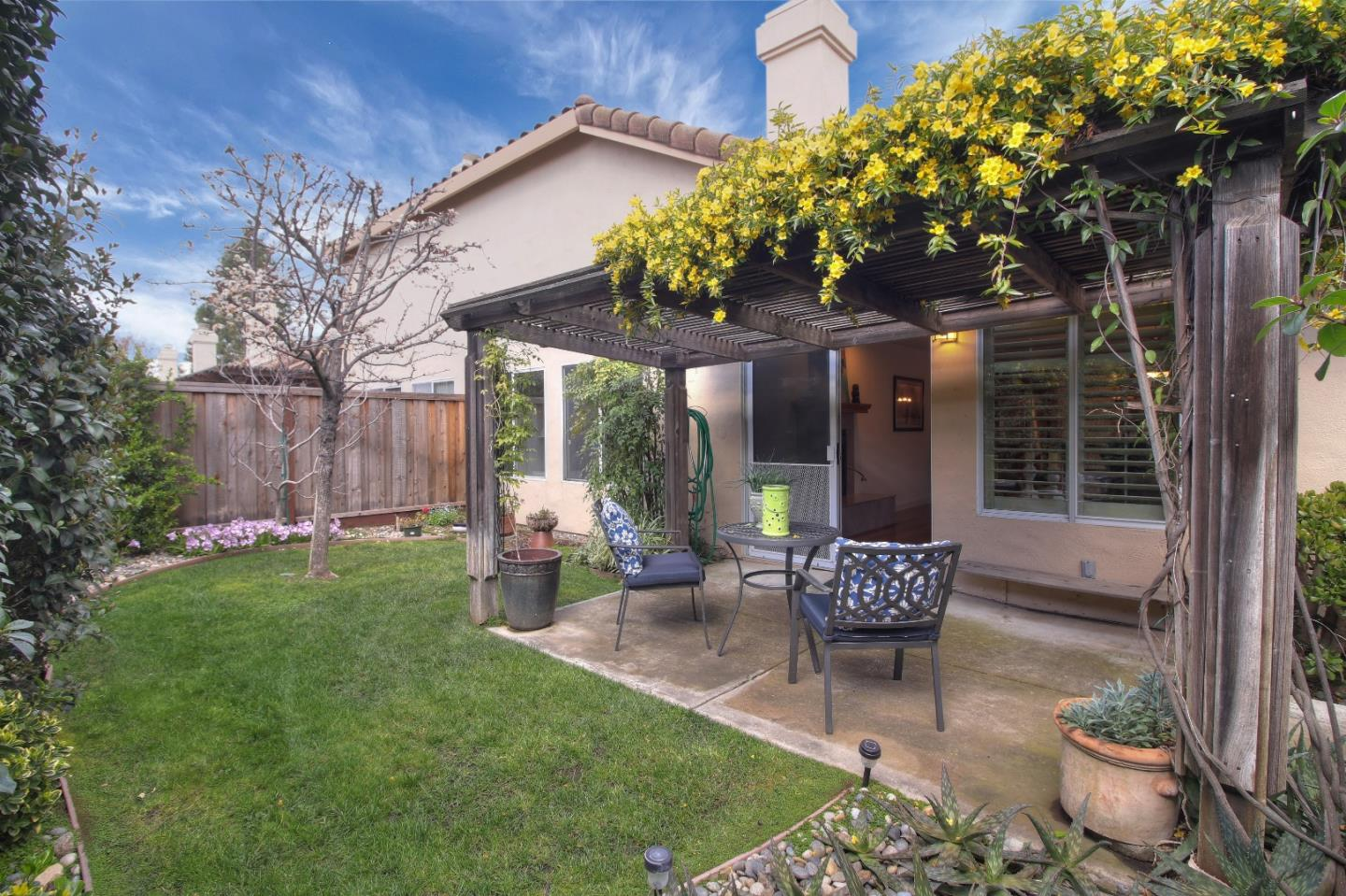 Detail Gallery Image 1 of 43 For 16965 Sugar Pine Dr, Morgan Hill, CA, 95037 - 2 Beds | 1/1 Baths