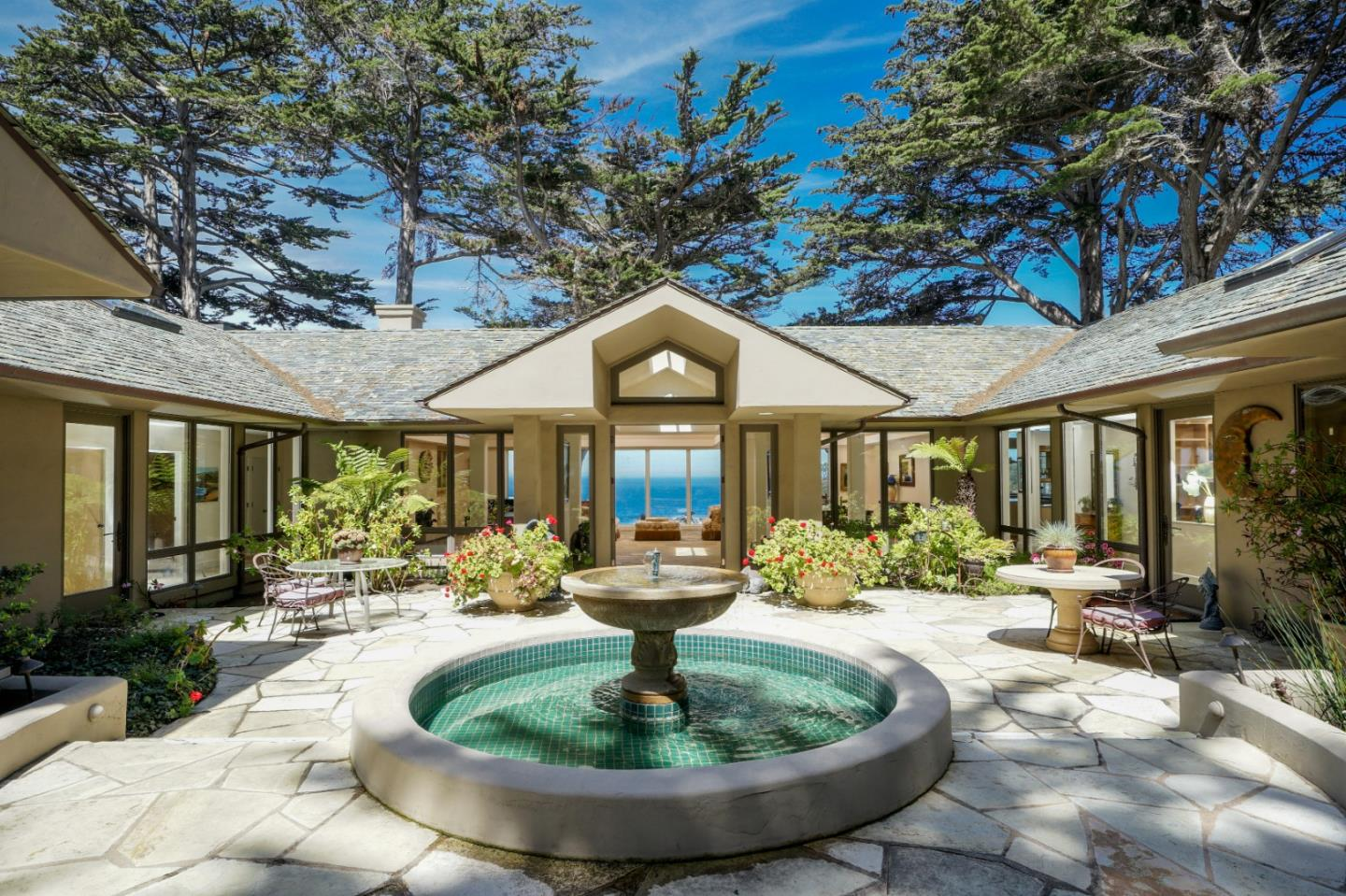 Detail Gallery Image 1 of 23 For 29798 Highway 1, Carmel Highlands, CA 93923 - 3 Beds | 3/2 Baths